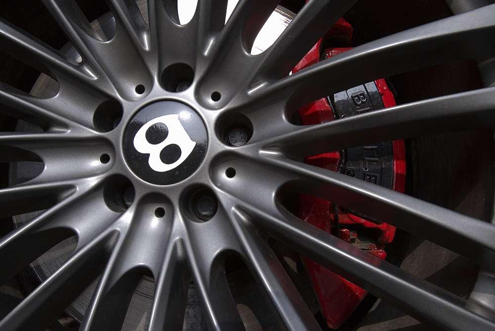 Titan Bentley34